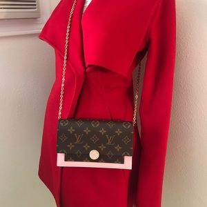Louis Vuitton Flore chain wallet Crossbody bag